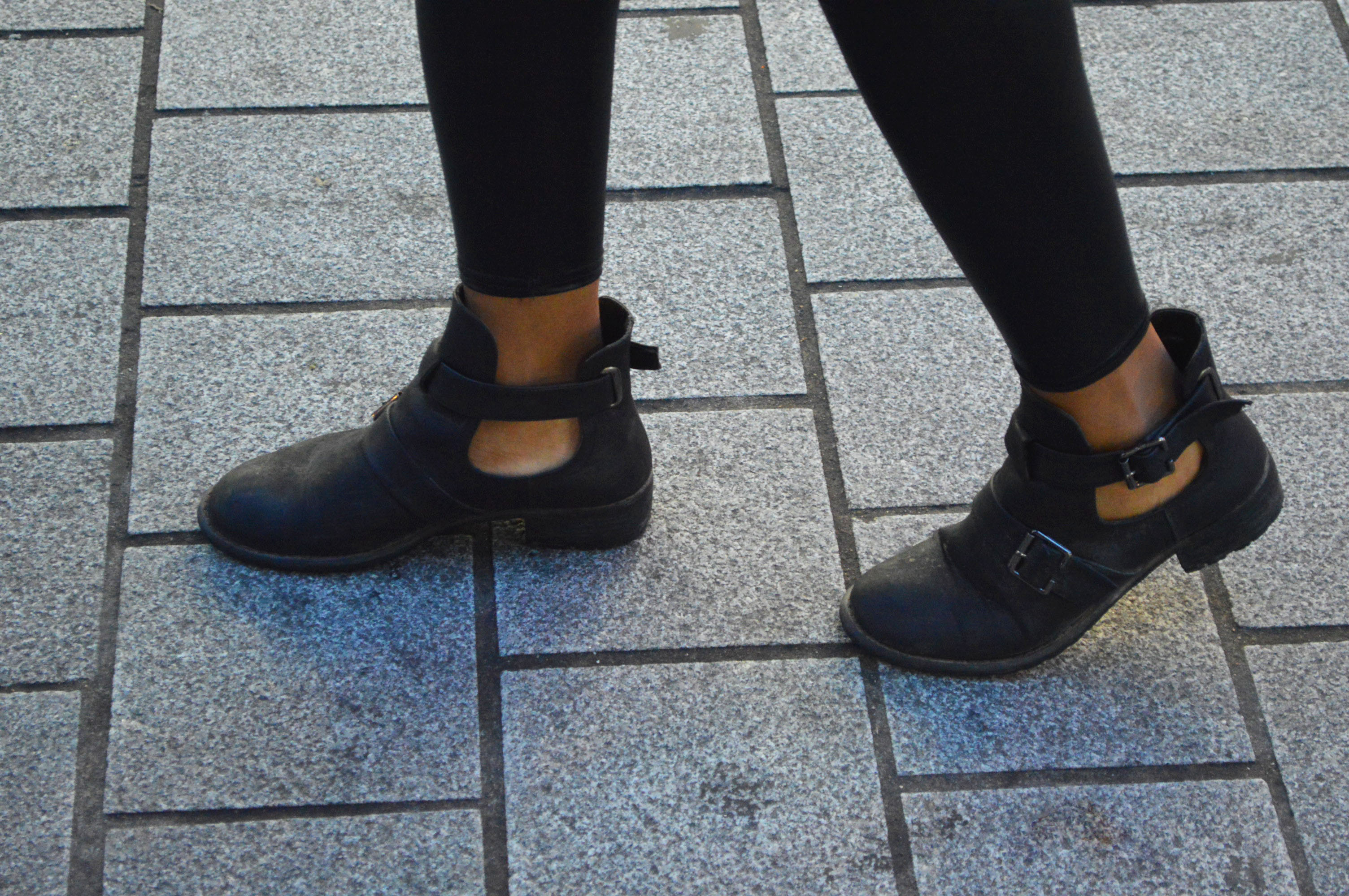 How to Wear Ankle Cut Out Boots Cut Out Ankle Boots