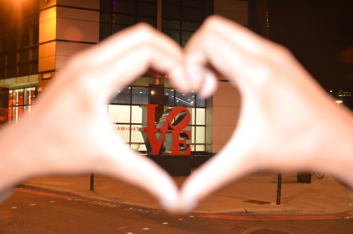 liverpool street love sign london