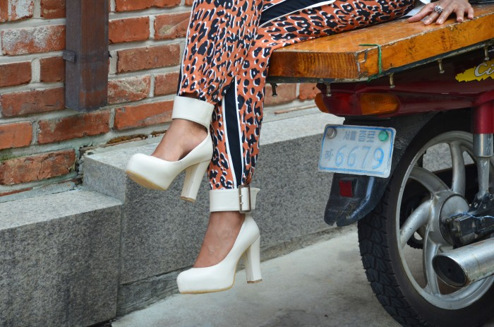 marsh marigold heels