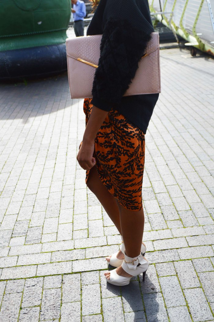 topshop fur sleeve sweater, zara print pencil skirt, primark clutch, gladiator sandals canary wharf