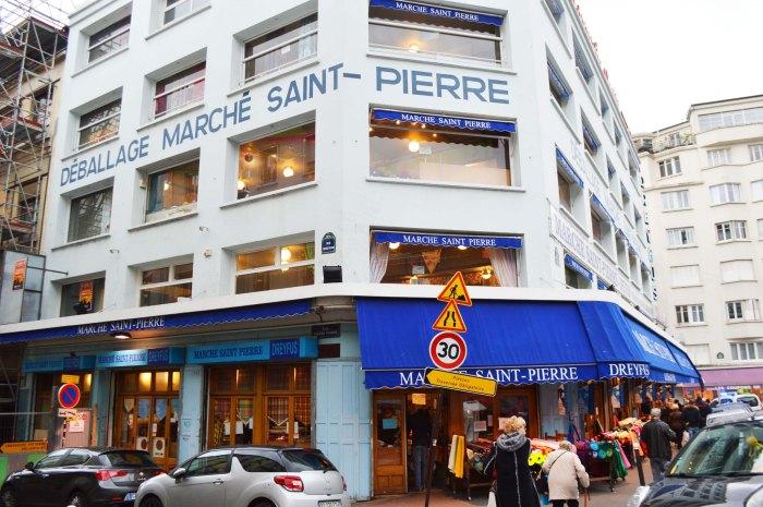 Paris Montmartre Marche St Pierre